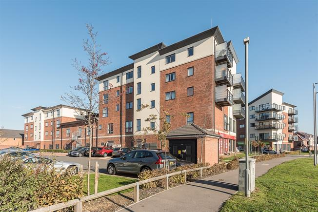 £1,300 per Calendar Month, 2 Bedroom Apartment To Rent in Watford, WD25