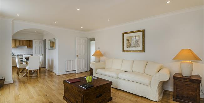 £4,441  per Calendar Month (Calculated), 2 Bedroom Flat To Rent in London, SW3