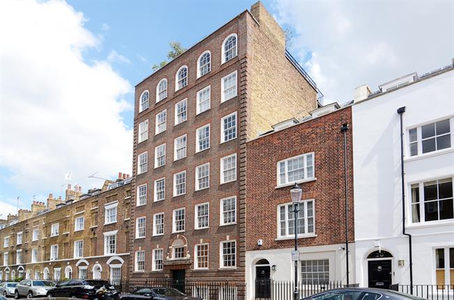 £3,033  per Calendar Month (Calculated), 1 Bedroom Apartment To Rent in London, SW3