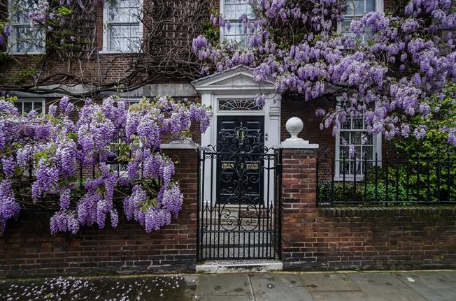 £43,116  per Calendar Month (Calculated), 6 Bedroom Detached House To Rent in London, SW3