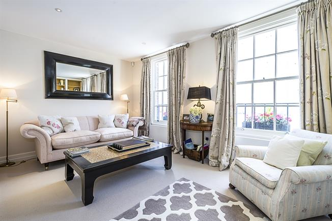 £8,450  per Calendar Month (Calculated), 4 Bedroom House To Rent in London, SW1X