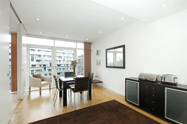 £3,120  per Calendar Month (Calculated), 2 Bedroom Apartment To Rent in London, SW1W