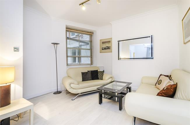 £2,145  per Calendar Month (Calculated), 1 Bedroom Flat To Rent in London, SW3