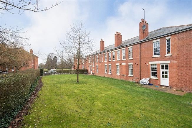 £1,795 per Calendar Month, 3 Bedroom Apartment To Rent in St. Albans, AL2