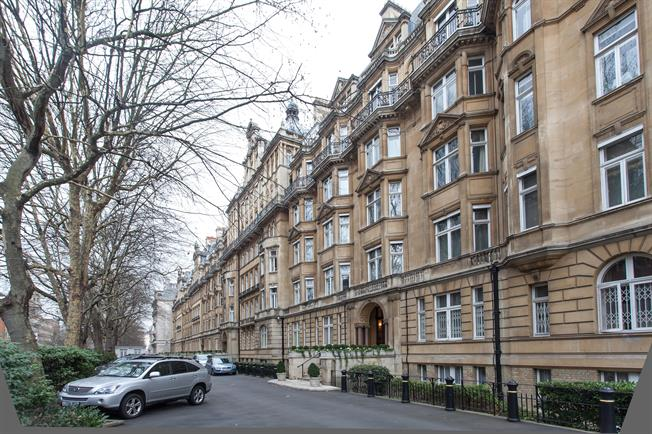 £15,000 per Calendar Month, 5 Bedroom Flat To Rent in London, NW1