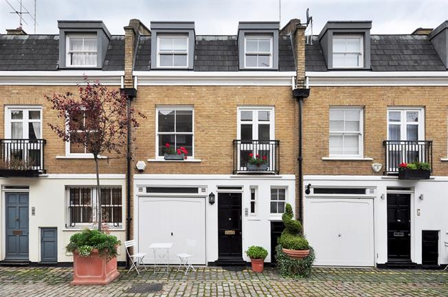 £2,990  per Calendar Month (Calculated), 2 Bedroom Mews House To Rent in London, W9