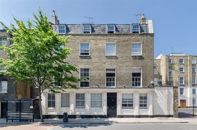 £8,450  per Calendar Month (Calculated), 2 Bedroom Flat To Rent in London, NW1