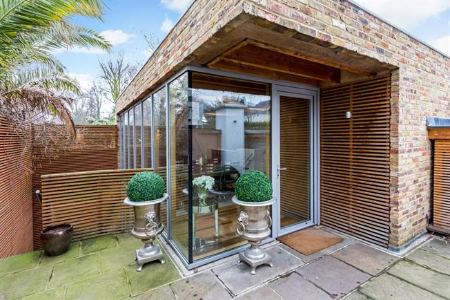 £3,683  per Calendar Month (Calculated), 2 Bedroom House To Rent in London, NW8