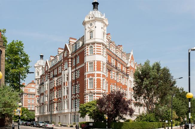 £4,203  per Calendar Month (Calculated), 3 Bedroom Apartment To Rent in London, NW8