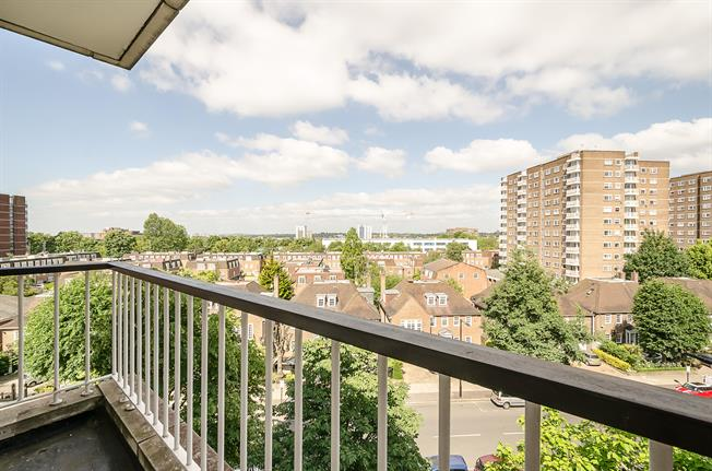 £3,445  per Calendar Month (Calculated), 3 Bedroom Apartment To Rent in London, NW8