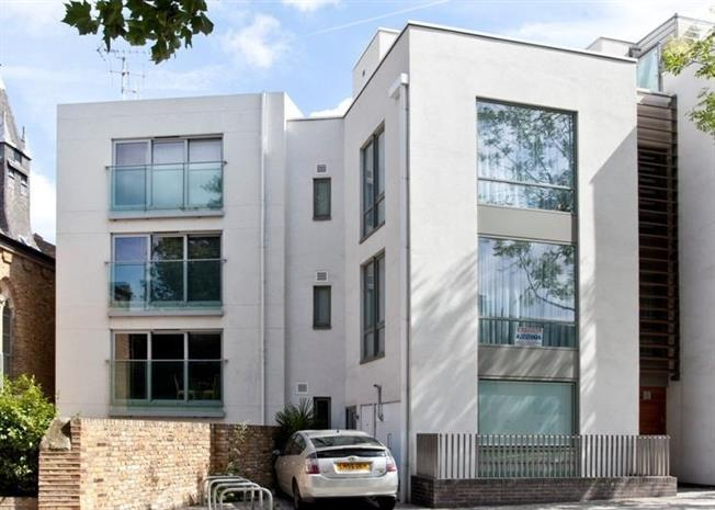 £1,993  per Calendar Month (Calculated), 1 Bedroom Flat To Rent in London, NW8