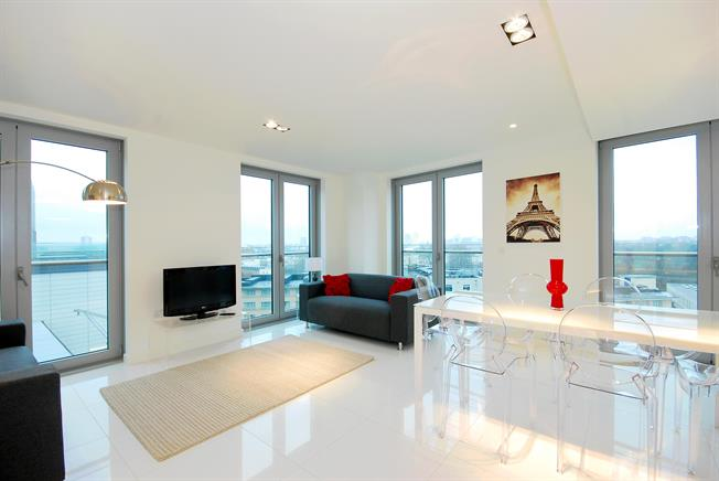 £3,163  per Calendar Month (Calculated), 2 Bedroom Flat To Rent in London, NW1