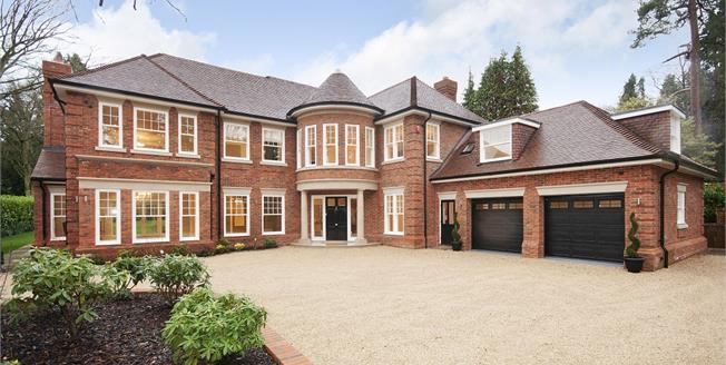 £12,000 per Calendar Month, 6 Bedroom Detached House To Rent in Ascot, SL5