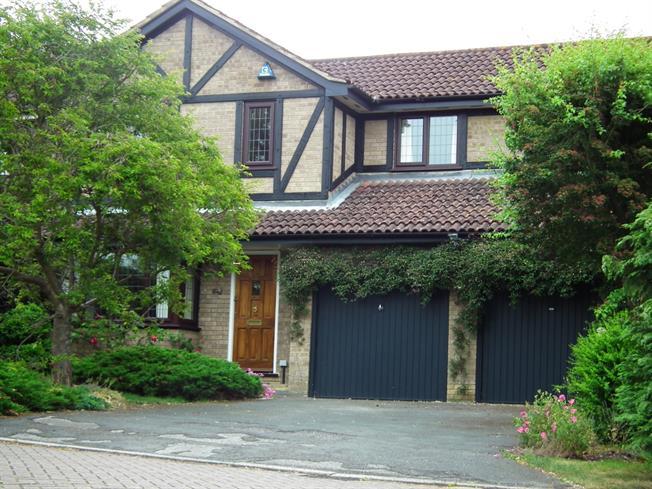 £2,000 per Calendar Month, 4 Bedroom Detached House To Rent in Virginia Water, GU25