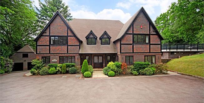 £6,499 per Calendar Month, 6 Bedroom Detached House To Rent in Lightwater, GU18