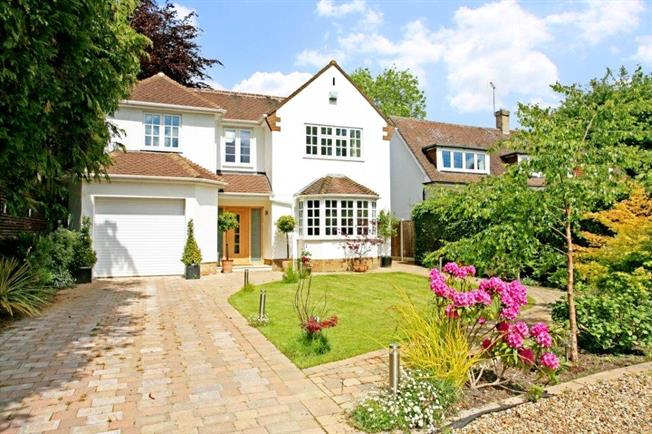 £3,975 per Calendar Month, 4 Bedroom Detached House To Rent in Englefield Green, TW20