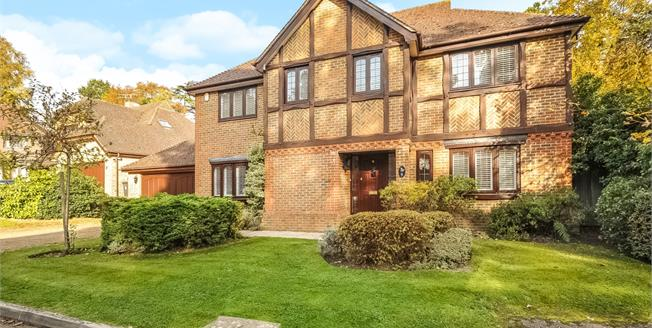 £3,500 per Calendar Month, 5 Bedroom Detached House To Rent in Ascot, SL5