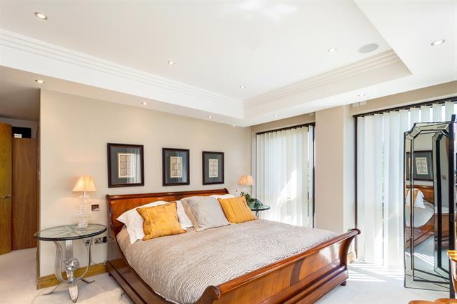 £6,950 per Calendar Month, 3 Bedroom Apartment To Rent in Ascot, SL5
