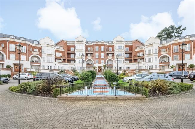 £1,200 per Calendar Month, 1 Bedroom Apartment To Rent in Ascot, SL5