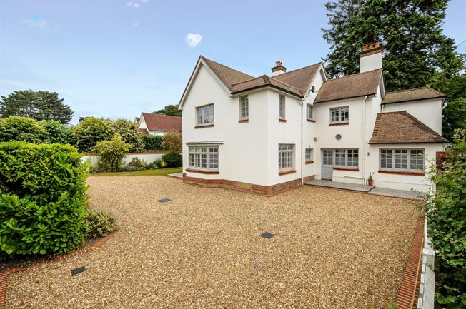£10,703  per Calendar Month (Calculated), 5 Bedroom Detached House To Rent in Ascot, SL5