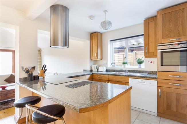 £1,750 per Calendar Month, 3 Bedroom House To Rent in Woking, GU24