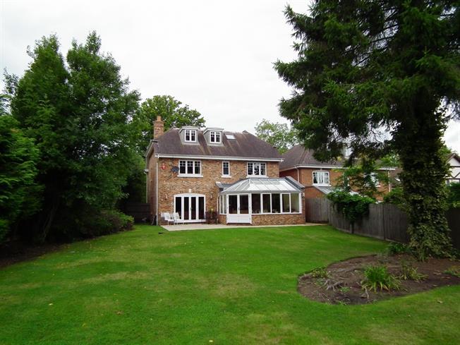 £4,200 per Calendar Month, 5 Bedroom House To Rent in Virginia Water, GU25