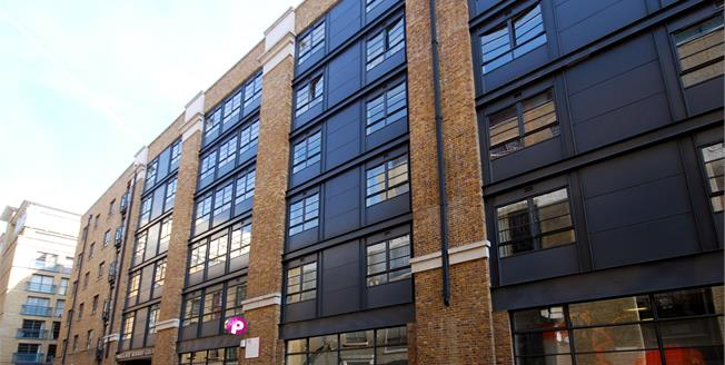 £1,800 per Calendar Month, 1 Bedroom Flat To Rent in London, SE1