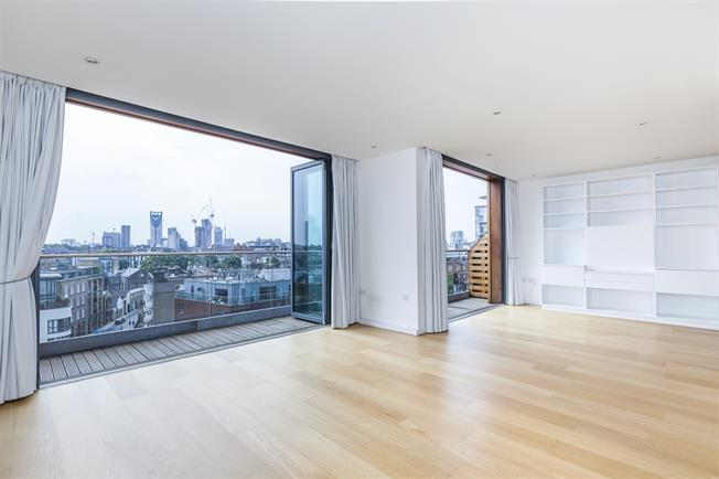 £6,045  per Calendar Month (Calculated), 3 Bedroom Penthouse To Rent in London, SE1