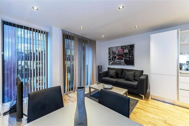 £6,500  per Calendar Month (Calculated), 2 Bedroom Flat To Rent in London, SE1