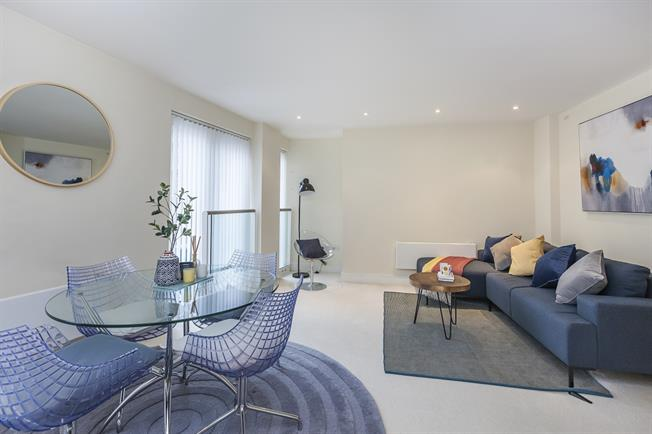£1,798  per Calendar Month (Calculated), 1 Bedroom Apartment To Rent in London, SE16