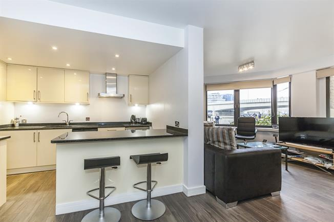 £2,275  per Calendar Month (Calculated), 1 Bedroom Apartment To Rent in London, SE1
