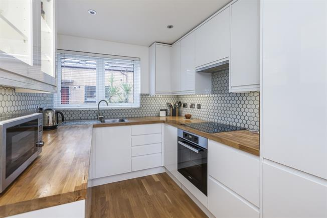 £2,097  per Calendar Month (Calculated), 3 Bedroom House To Rent in London, SE16