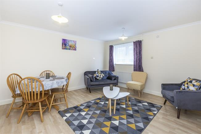£1,950  per Calendar Month (Calculated), 2 Bedroom Apartment To Rent in London, SE1