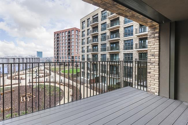£2,098 per Calendar Month, 2 Bedroom Apartment To Rent in London, SE16