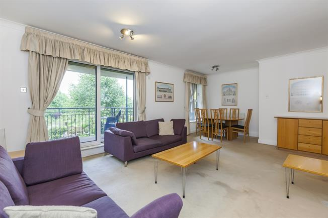£2,816  per Calendar Month (Calculated), 3 Bedroom Apartment To Rent in London, SE1