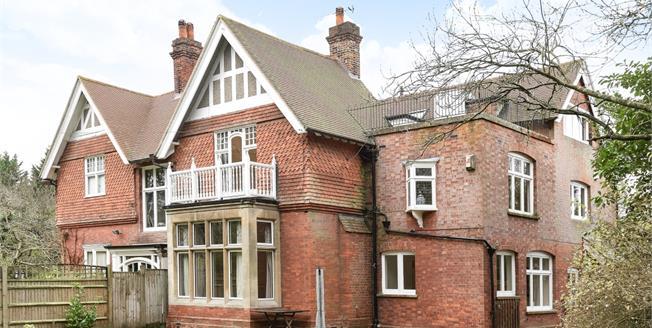 £2,595 per Calendar Month, 4 Bedroom House To Rent in Langton Green, TN3