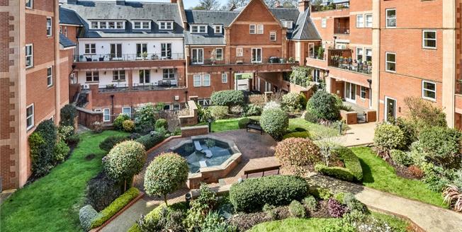 £1,795 per Calendar Month, 2 Bedroom Apartment To Rent in Tunbridge Wells, TN1