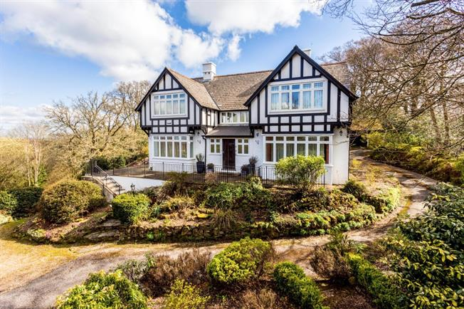 £3,650 per Calendar Month, 5 Bedroom Detached House To Rent in Wadhurst, TN5
