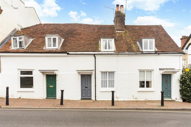 £1,095 per Calendar Month, 2 Bedroom Cottage House To Rent in Tunbridge Wells, TN1