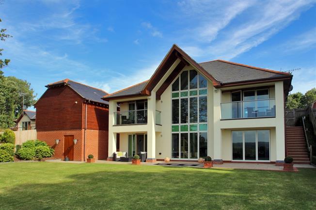 £3,499 per Calendar Month, 4 Bedroom House To Rent in Burwash, TN19
