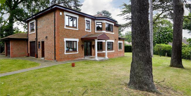£5,000 per Calendar Month, 5 Bedroom Detached House To Rent in Kingston upon Thames, KT2