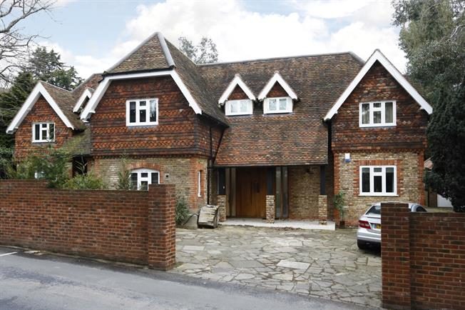 £9,000 per Calendar Month, 7 Bedroom Detached House To Rent in Kingston upon Thames, KT2