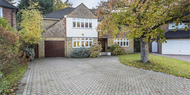 £6,750 per Calendar Month, 7 Bedroom Detached House To Rent in Kingston upon Thames, KT2