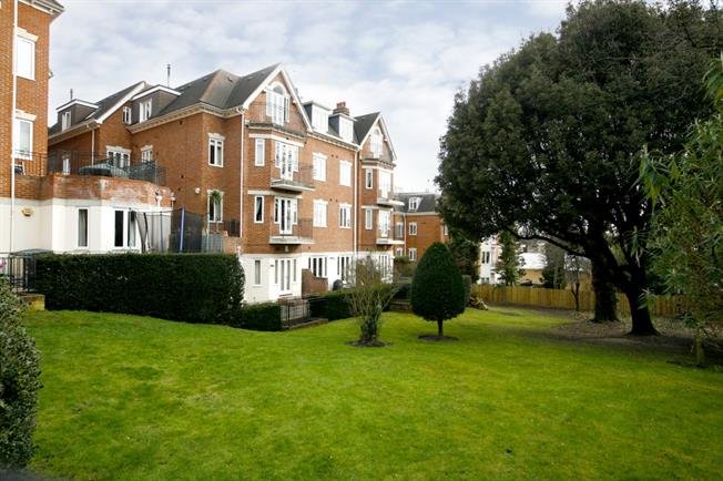 £2,300 per Calendar Month, 2 Bedroom Apartment To Rent in London, SW19