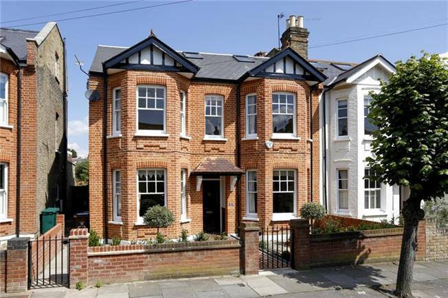 £6,066  per Calendar Month (Calculated), 5 Bedroom Semi Detached House To Rent in London, SW19