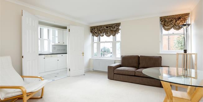 £1,825 per Calendar Month, 2 Bedroom Flat To Rent in London, SW19
