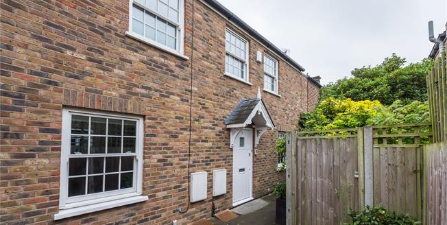 £2,995 per Calendar Month, 3 Bedroom Cottage House To Rent in London, SW19