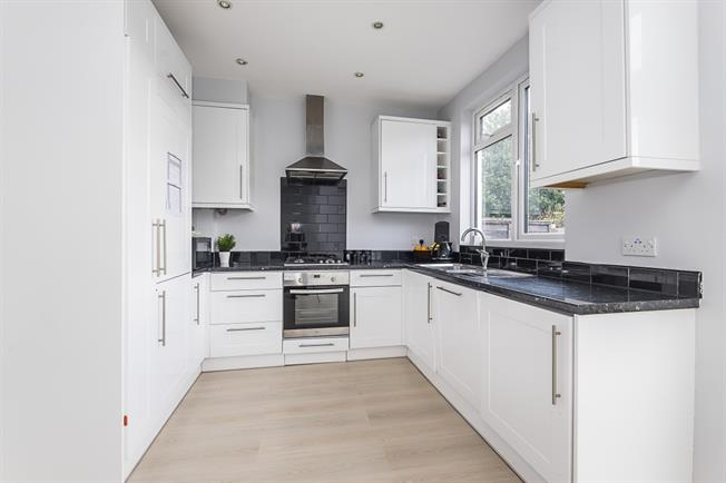 £2,695 per Calendar Month, 4 Bedroom House To Rent in London, SW20