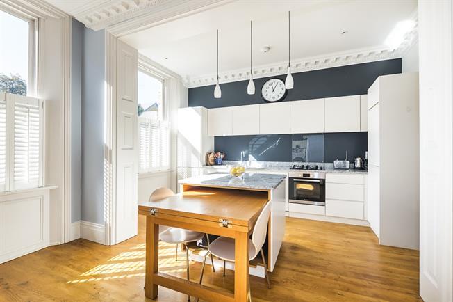 £2,750 per Calendar Month, 2 Bedroom Flat To Rent in London, SW19