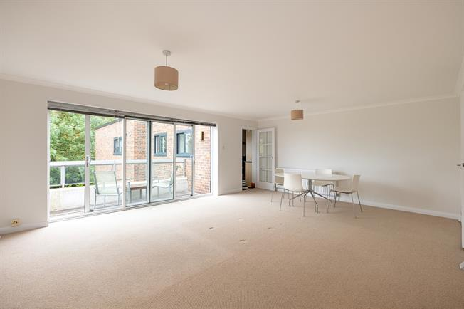 £1,900 per Calendar Month, 2 Bedroom Apartment To Rent in London, SW19
